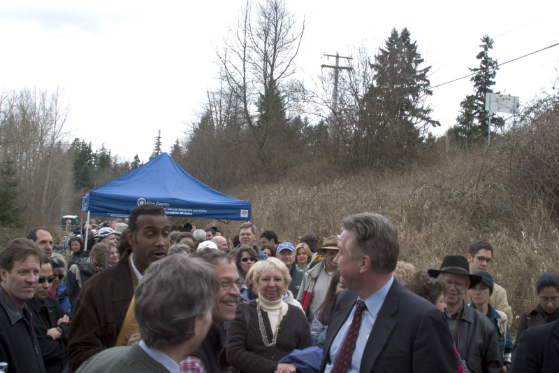 Ron Sims and Michelle Pettiti celebrate the opening of the East Lake Sammamish Trail