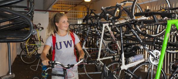 University of Washington is recognized as a Bike Friendly University. Photo credit: Ted Sweeney